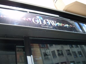 GLOW TREND & STYLE
