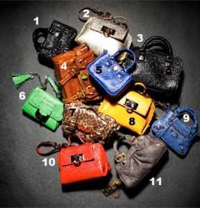 PURE OBSESION... SMALL ICONICS BAGS