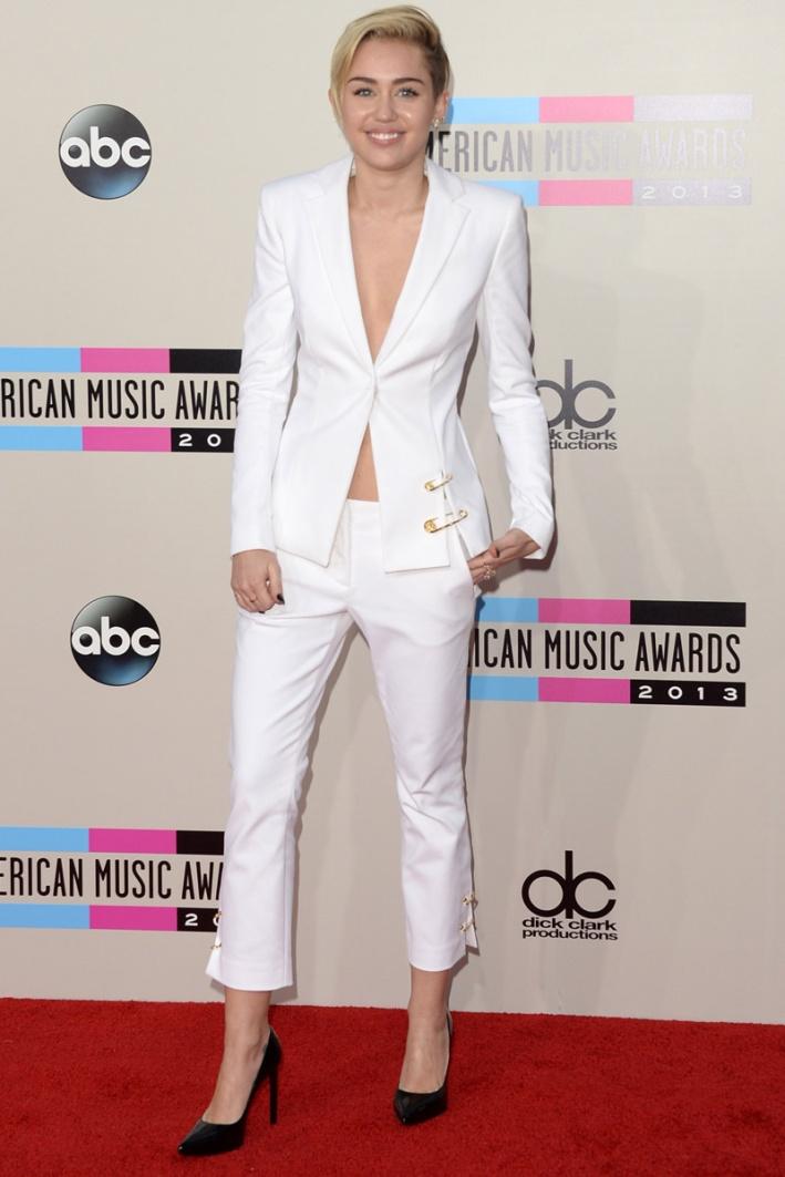 celebrities_en_los_american_music_awards_823427982_800x