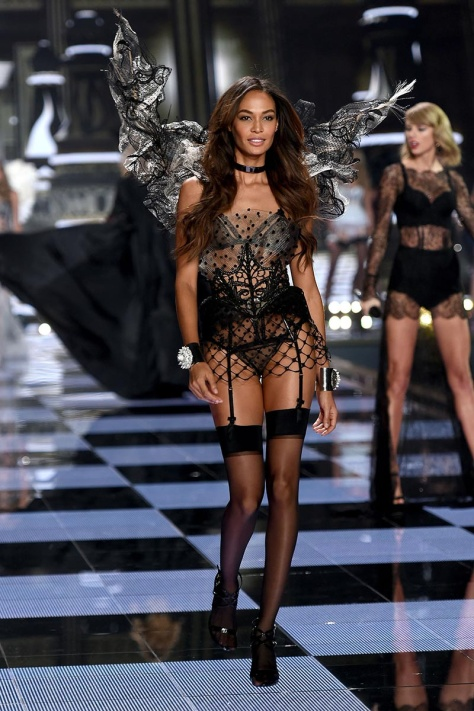 desfile_victoria_secret_2014_londres_209427343_800x