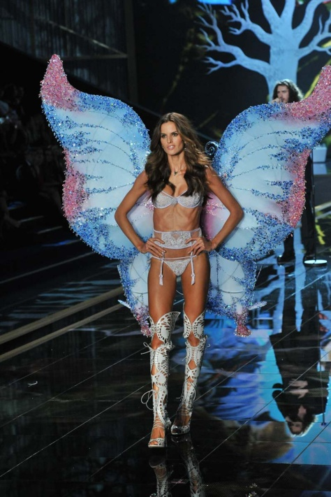 desfile_victoria_secret_2014_londres_56737662_799x